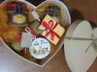 мёд в подарочной коробке